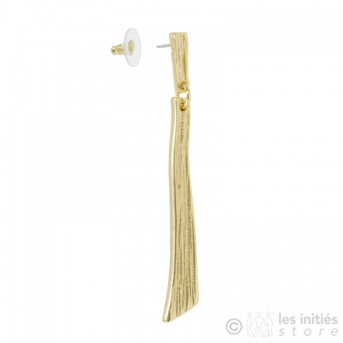 Beautiful earrings gold
