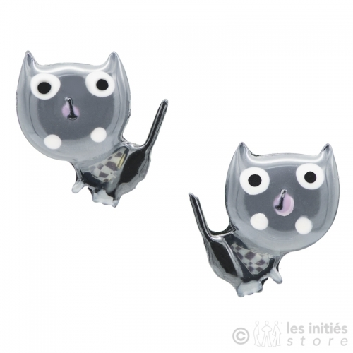 astonished kittens earrings