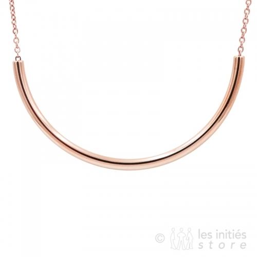 curvy long necklace