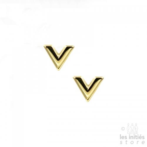 """Petites boucles d'oreilles """"V"""" dorées"""
