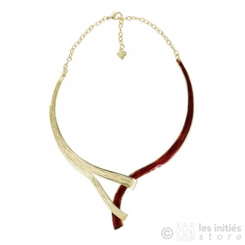 Collier doré et rouge pour robe habillée
